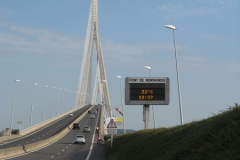 Le Pont du Normandie - very steep and very close to the traffic