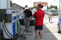 Replenishg my fuel bottle, St.Julien du Sault