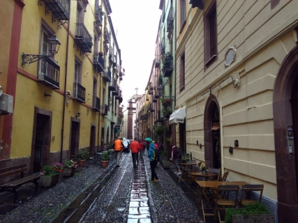 A very wet rest day in Bosa