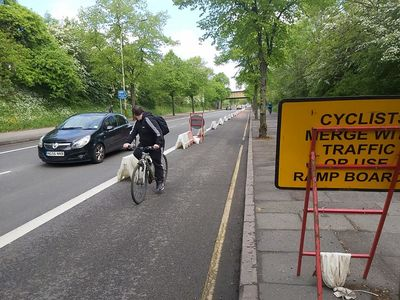 Pop-up protected cycle lane