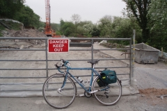 Road Closed doesn't apply to cyclists