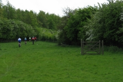 Approaching Shenley Farm, near Crick