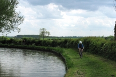 Lowri on Jurassic Way, Grand Union Canal by Park Farm, Elkington