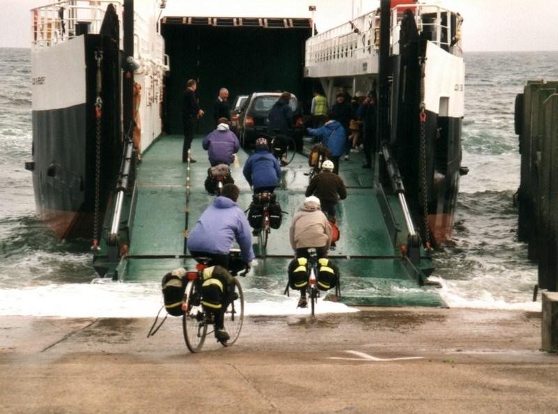 2000-05-40-Clyde-Islands-Tarbert-to-Lochranza-Ferry